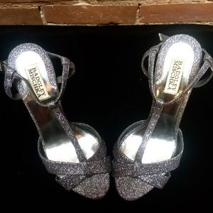 BADGLEY MISCHKA Gorgeous Silver Sparkle Heels